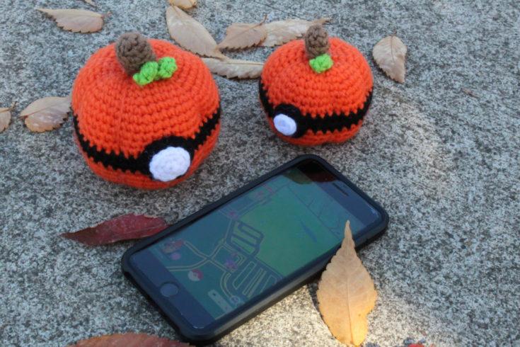 Pokeball Pumpkins - Knot Bad